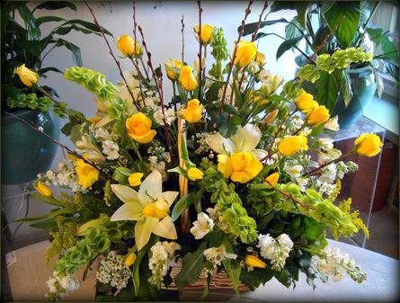 Mixed Rose Garden Basket DeJohn Funeral Homes Crematory